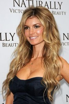 Sexy Long Wavy Hairstyle for 2014