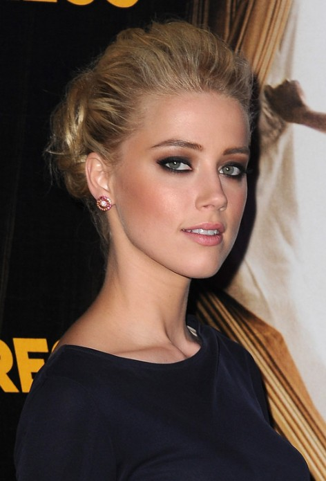 2013 Wedding Hairstyles: Casual Loose Bun Hairstyle for Wedding