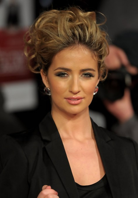 Chantelle Houghton Trendy Messy Updo