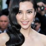 Chinese Long Wavy Black Hairstyle from Li Bingbing