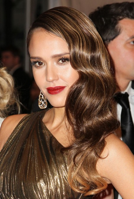 Jessica Alba Formal Long Wavy Hairstyle