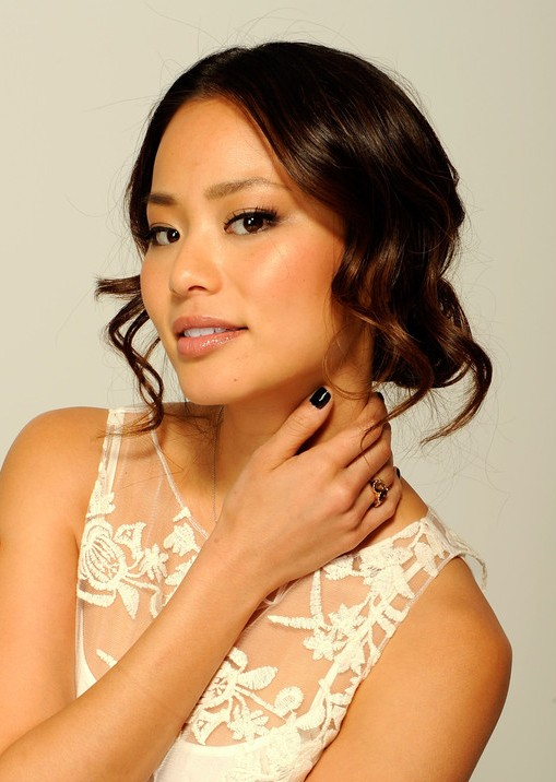 Jamie Chung Hairstyles: Loose Wavy Updo Hairstyle with Curls
