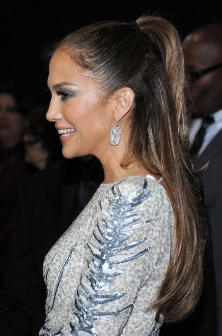 Jennifer Lopez Half Up Half Down Ponytail Hairstyle  Hairstyles Weekly