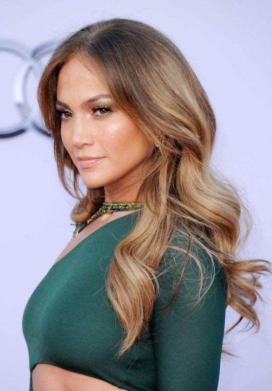 Jennifer Lopez Long Sleek Hairstyle