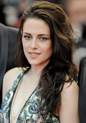 kristen stewart messy long wavy