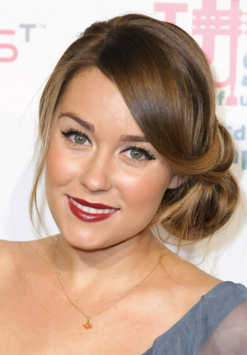 https://i0.wp.com/hairstylesweekly.com/images/2012/07/Lauren-Conrad-Elegant-Loose-Low-Bun-Updo.jpg