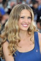 Petra Nemocova Long Highlighted Hair With Waves