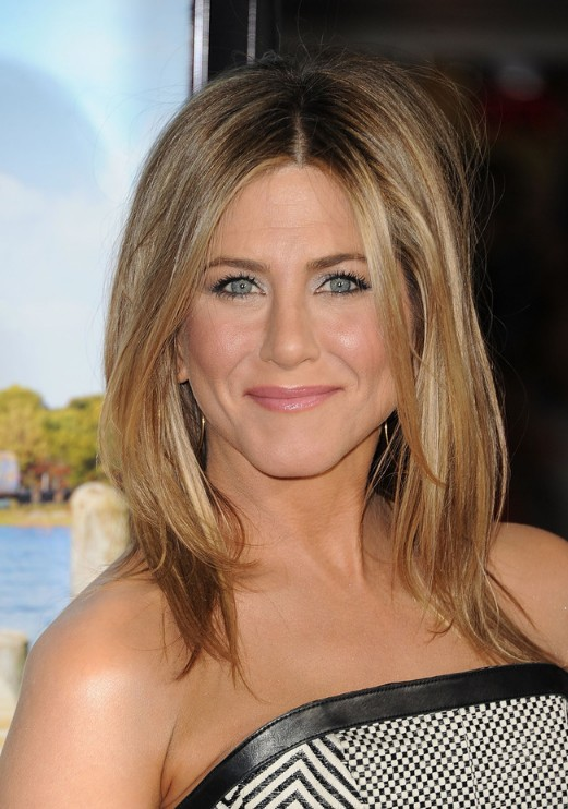 Jennifer Aniston Middle Part Hairstyles 2013