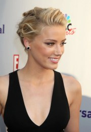 perfect casual updo hairstyle