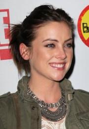 ponytail short hair