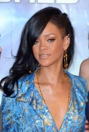 rihanna layered long black hairstyle