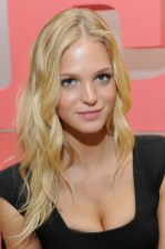 Sexy Long Blonde Hairstyle 2013