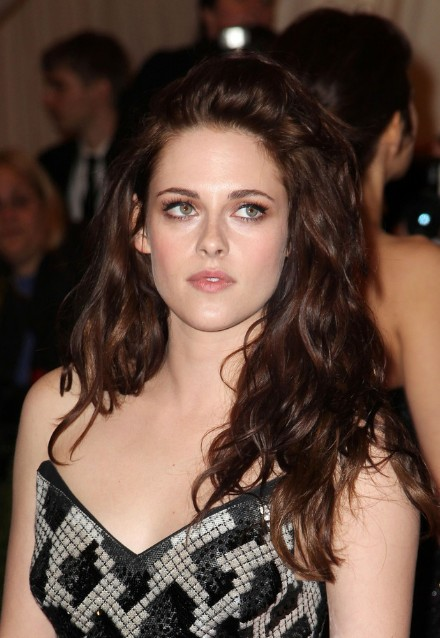 Sexy Unruly Waves from Kristen Stewart