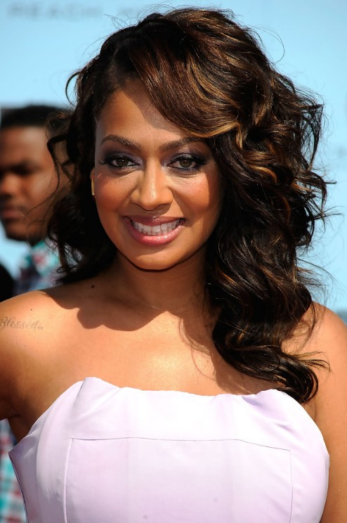La La Vazquez Side Parted Long Curly Hairstyle for Women