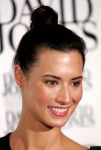 The Hair Knot Haircut - Top Hair Knot Hairstyle for Women