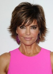 2013 - 2014 Lisa Rinna Short Hairstyle for thick hair