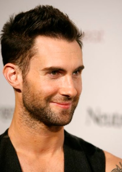 2012 - 2013 Haircuts for Men: Adam Levine Hairstyles for Guys