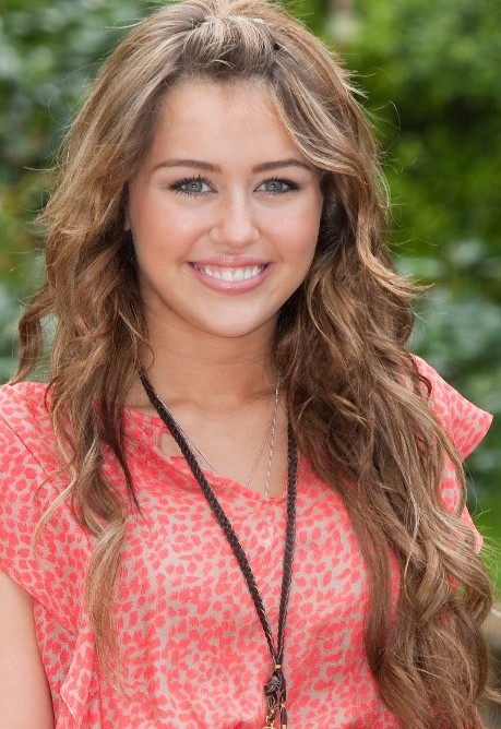 Long Curly Hairstyles For Girls Hairstyles Weekly