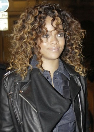 African American Curly Hairstyles from Rihanna