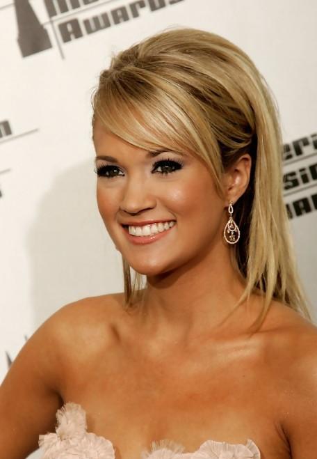 Carrie Underwood Long Sleek Hairstyles with Side Bangs