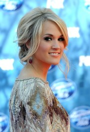 carrie underwood loose messy updo