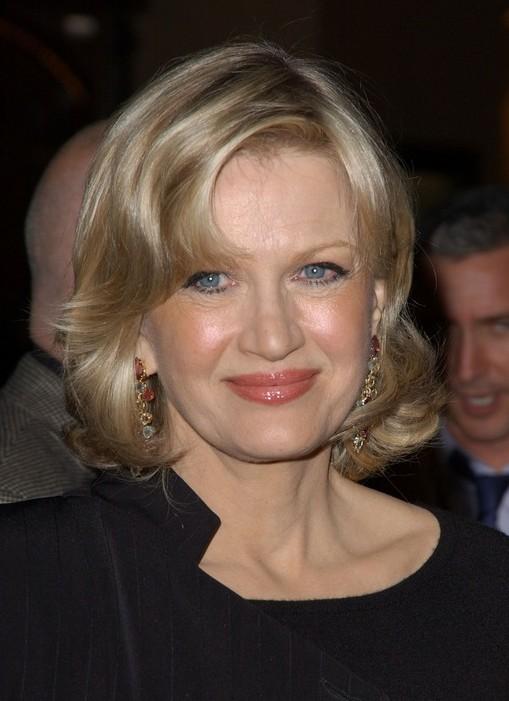 Diane Sawyer Medium Wavy Hairstyle for Women Over 50s