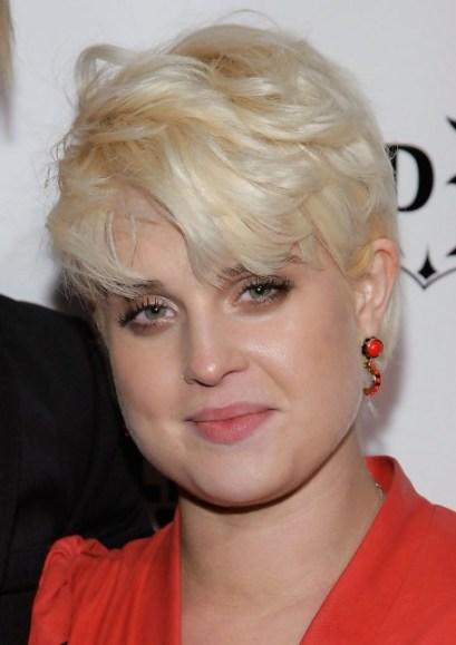 Kelly Osbourne Short Blonde Pixie Haircut