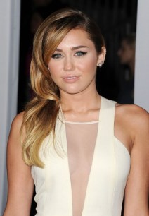 Miley Cyrus Long Side Swept Hairstyles