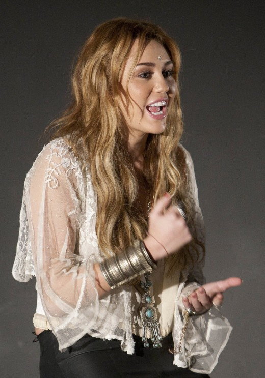 Miley Cyrus Tousled Curly Hairstyles Long Hair with Curls