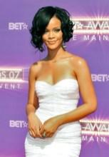 Rihanna Short Haircut: Curly Black Bob Hairstyles