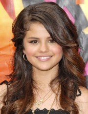 selena gomez hairstyles beautiful