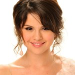 Selena Gomez Messy Romantic Updo Hairstyles
