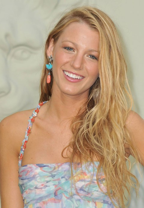 Blake Lively Tousled Curly Hairstyles