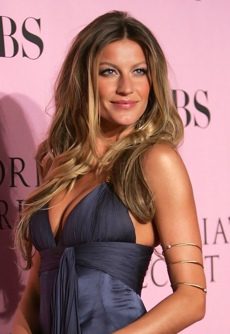 Gisele Bundchen Long Hairstyle Center Parted Ombre Wavy