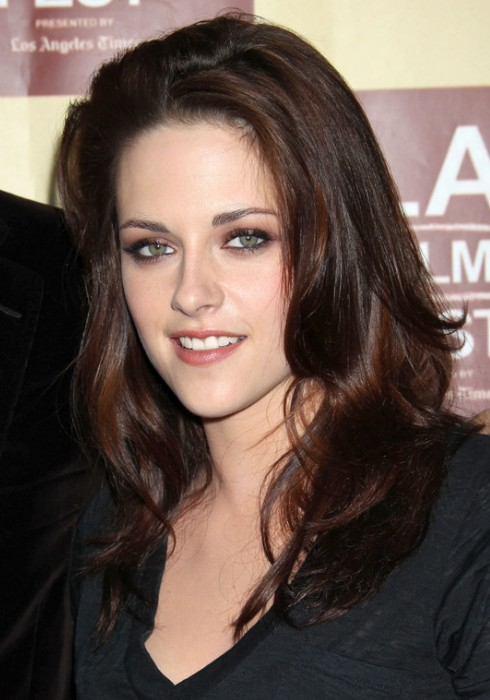 Kristen Stewart Casual Tousled Hairstyle With Layers