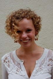 cute corkscrew curls with -shaped