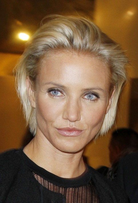 Cameron Diaz Simple CombedBack Bob Hairstyle  Hairstyles Weekly