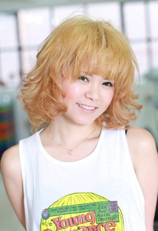 Cute Short Asian Blonde Hairstyle