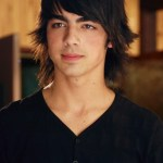 Joe Jonas Hairstyles for Guys