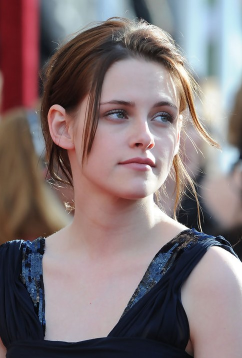 Kristen Stewart Updo Sweet Casual Messy Updo Hairstyle