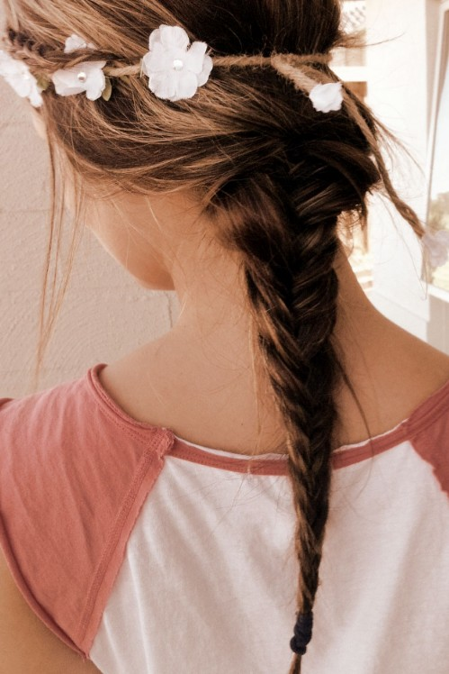 Loose Ponytail Romantic 2 Strand Braid Hairstyle For Girls