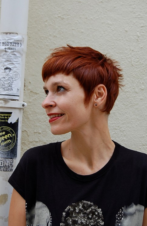 Side View of Trendy Short Red Cut