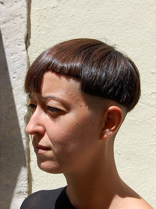Assymetric Bob Haircut - Cool Stylish Short Straight Bob Hairstyle for Women