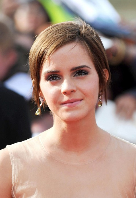 Popular Chic Pixie Cut With Bangs For Summer Emma Watson