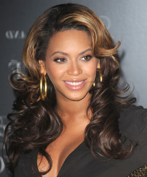 Beyonce Long Wavy Hairstyle - Big Wave Hairstyle for Women Over 30