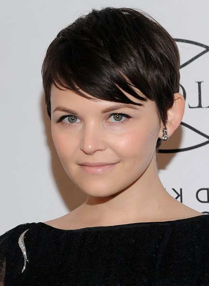 Ginnifer Goodwin cute short black hairstyle with side swept bangs