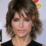 short haircut for women over age 40 - Lisa Rinna haircut -