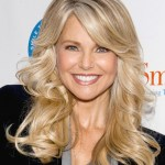 Long blonde wavy hairstyle 2014 - Christie Brinkley hairstyle