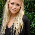 Long blonde tousled curly hairstyle 2014 - Mary Kate Olsen hairstyles