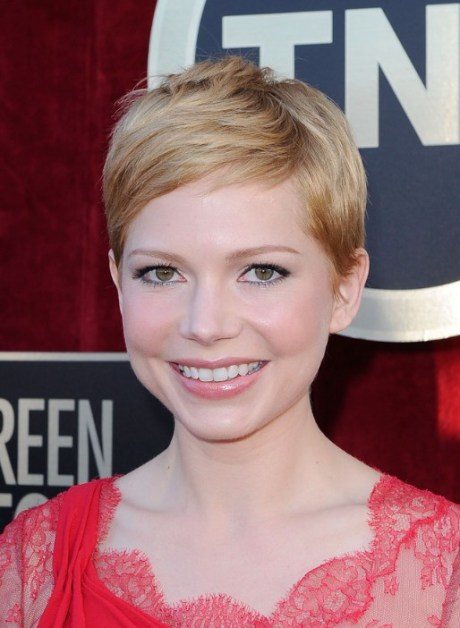 Michelle Williams Pixie Cut for 2015 - Short Straight Haircut for Round, Oval Faces